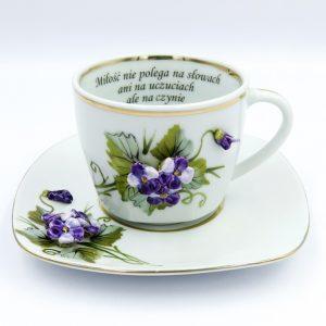 Filiżanki ceramiczne z cytatem